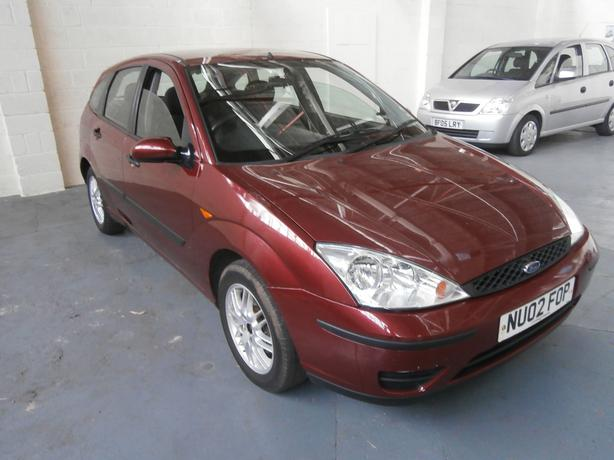 FORD FOCUS 1.6L 5 DOOR HATCHBACK