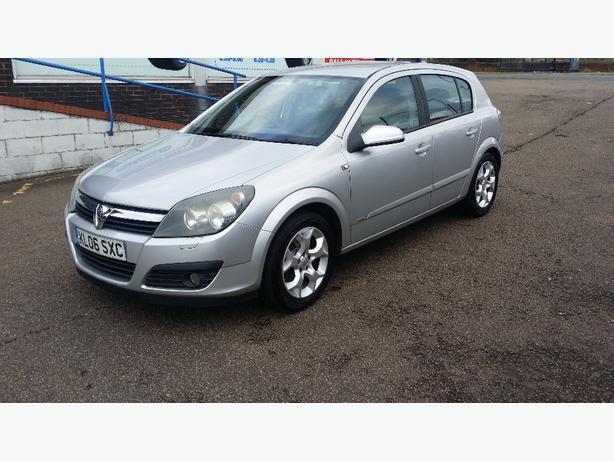 Vauxhall/Opel Astra 1.6i 2006 SXi 5 Dr FSH Alloys CD