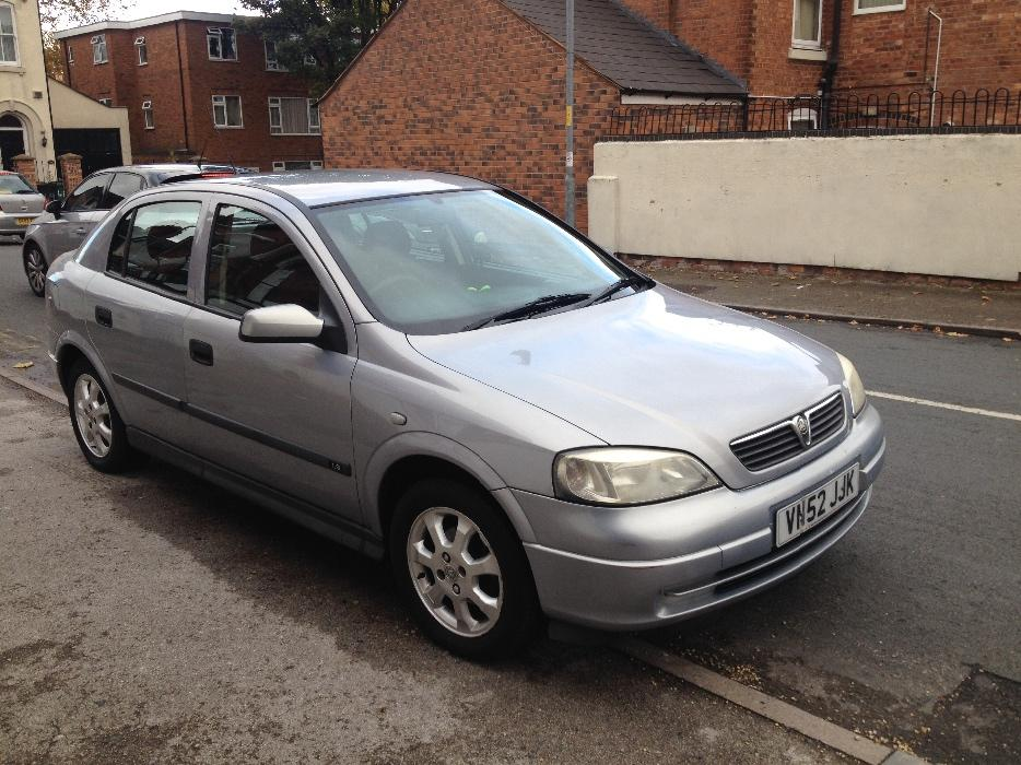bargain vauxhall astra full mot new battery walsall. Black Bedroom Furniture Sets. Home Design Ideas