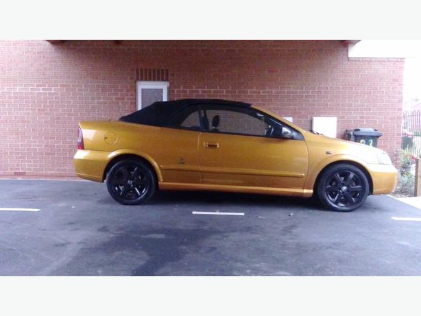 vauxhall astra coupe convertible 1 8 petrol dudley dudley. Black Bedroom Furniture Sets. Home Design Ideas