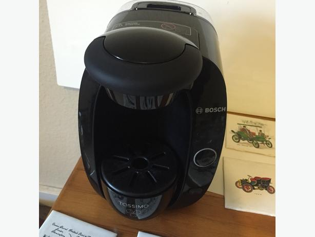 bosch tassimo coffee machine sandwell dudley. Black Bedroom Furniture Sets. Home Design Ideas