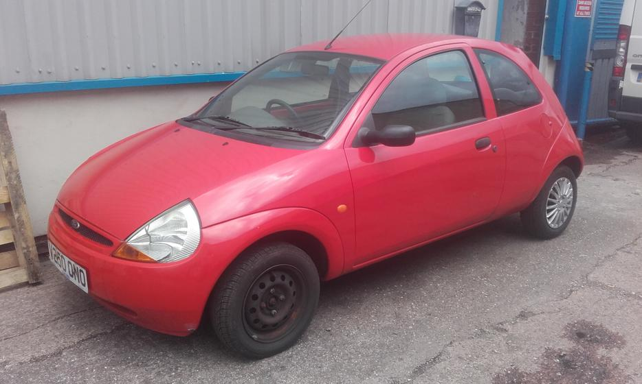 1999 red ford ka 1 3l petrol other black country location dudley. Black Bedroom Furniture Sets. Home Design Ideas