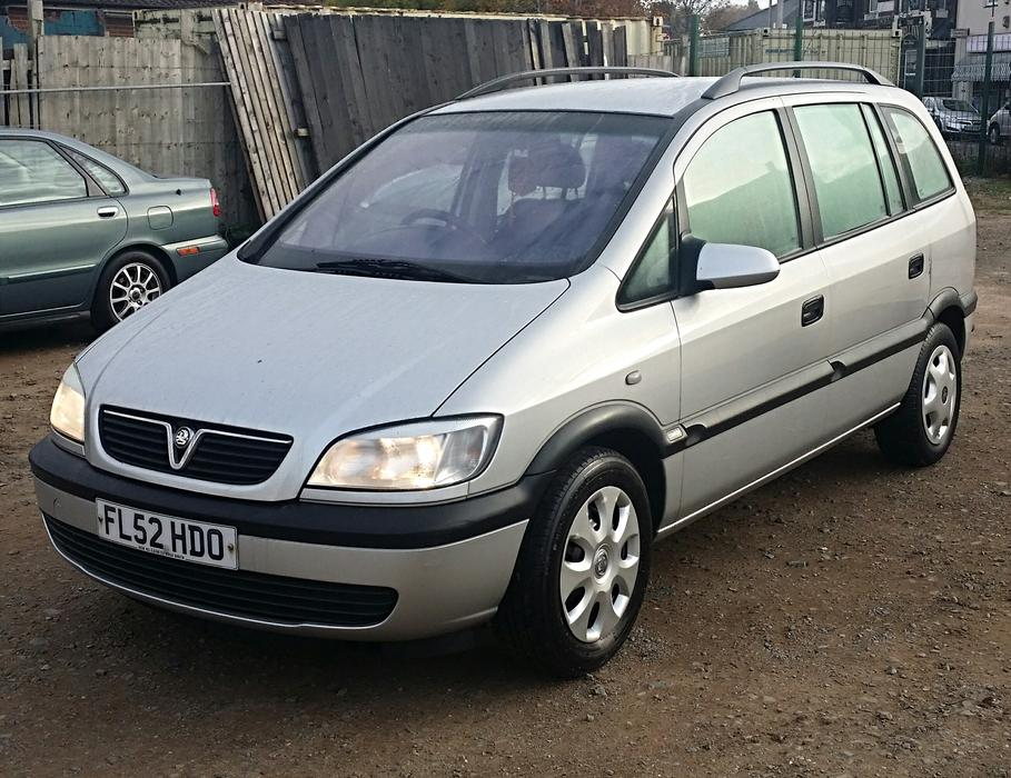 2003 52 vauxhall zafira 1 8 16v 7 seater sandwell wolverhampton. Black Bedroom Furniture Sets. Home Design Ideas