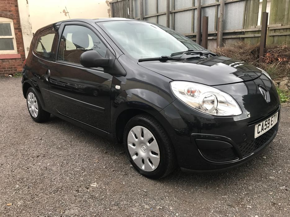 renault twingo 1 2 2010 1 lady owner 12 months mot 30 tax service history darlaston dudley. Black Bedroom Furniture Sets. Home Design Ideas