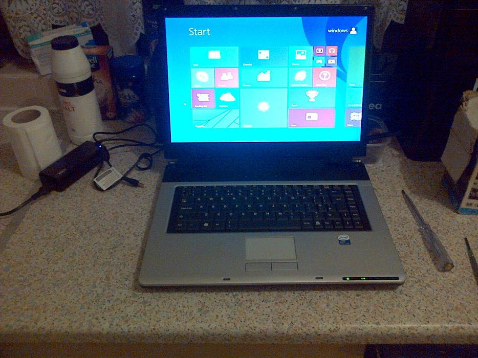 Stone Laptop Windows 8 Fully Working Order Dudley