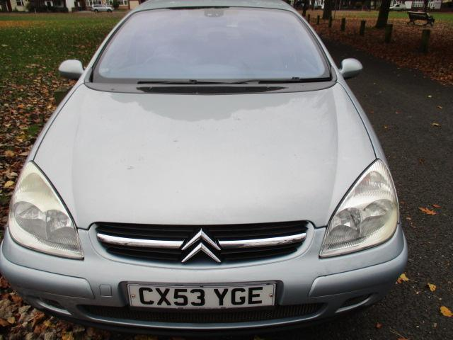 citroen c5 2 0 hdi diesel 110 bhp vtr 2003 full mot clean and genuine old car pelsall sandwell. Black Bedroom Furniture Sets. Home Design Ideas