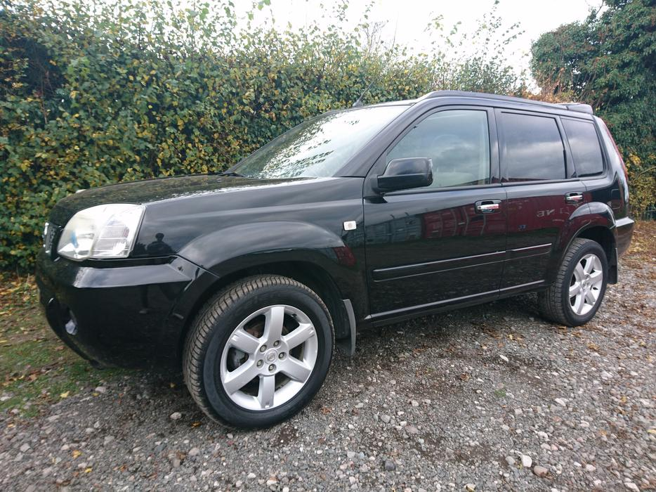 2006 06 reg nissan x trail columbia 4x4 2 2 diesel satnav. Black Bedroom Furniture Sets. Home Design Ideas