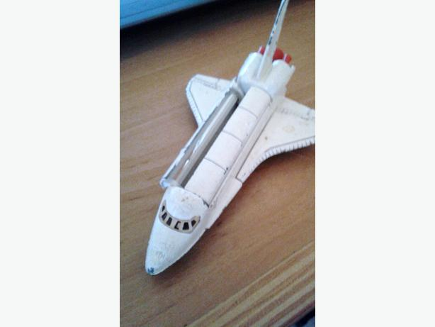 dinky space shuttle
