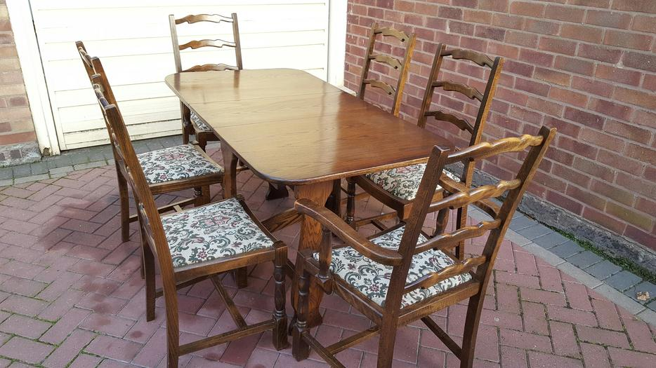 Dining Table and Chairs WALSALL Wolverhampton : 106102294934 from www.usedwolverhampton.co.uk size 934 x 525 jpeg 96kB