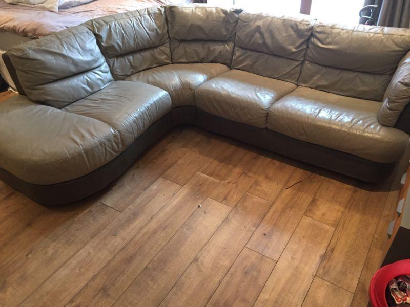 Dfs Leather Corner Sofa In Excellent Condition Free Delivery Wednesbury Sandwell