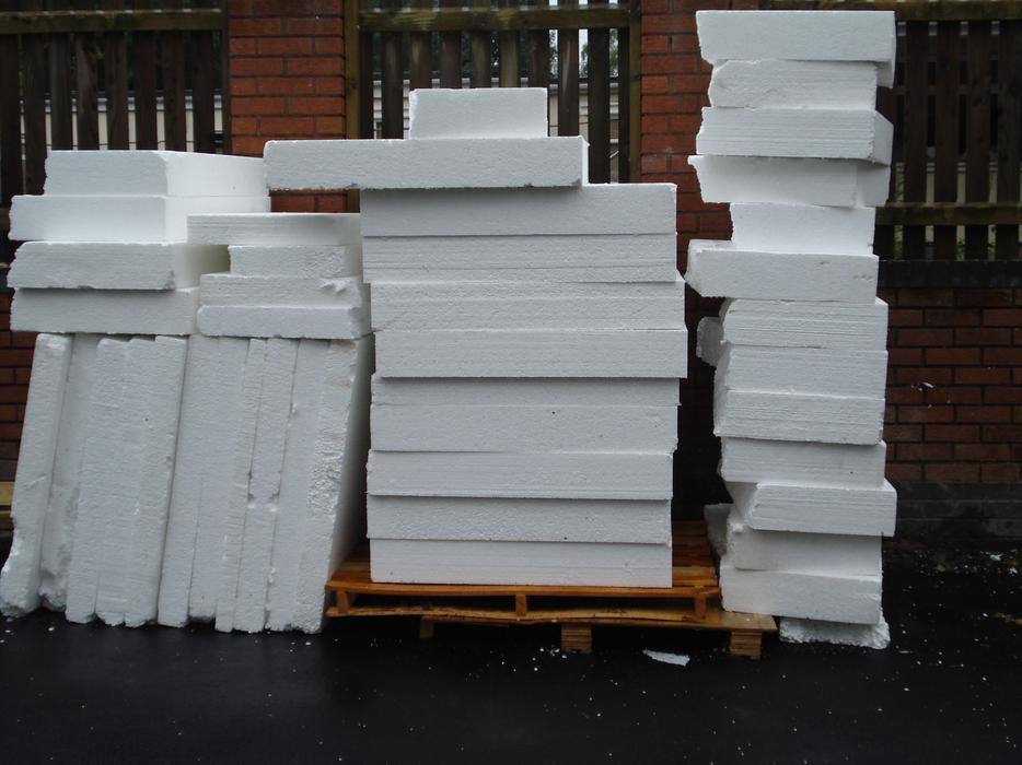Polystyrene insulation approx 1m x 1m x 150mm many uses for 100mm polystyrene floor insulation