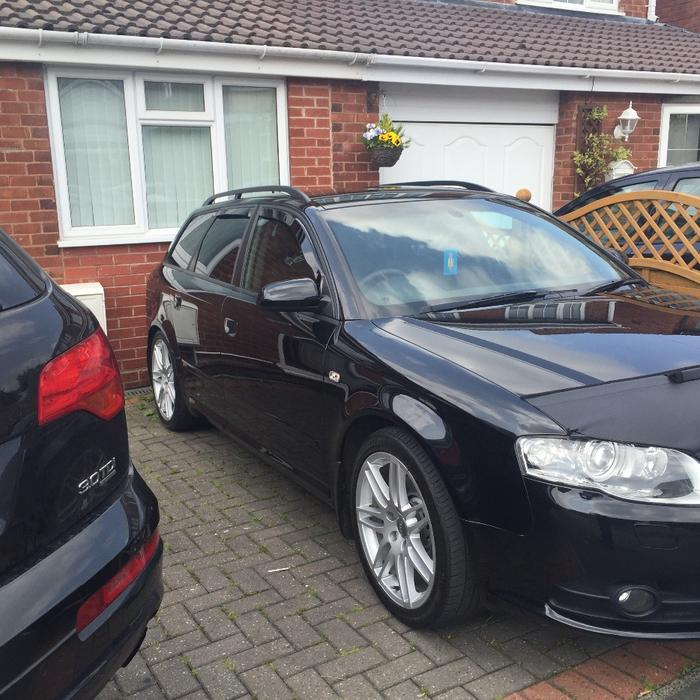 Audi A4 Avant Tfsi S Line Estate: Audi A4 Estate 170BHP Black Edition WALSALL, Dudley
