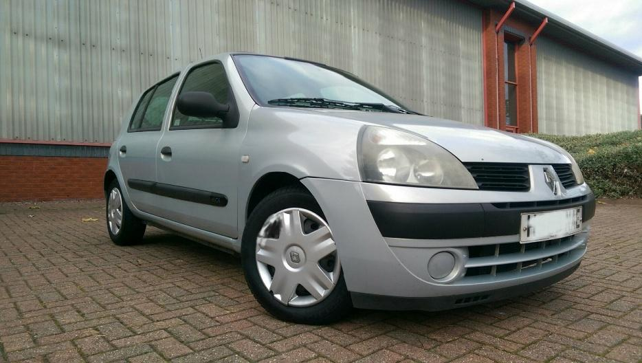 2004 renault clio 1 5 dci expression 80 fsh 2 owners immaculate corsa peugeot wednesbury. Black Bedroom Furniture Sets. Home Design Ideas
