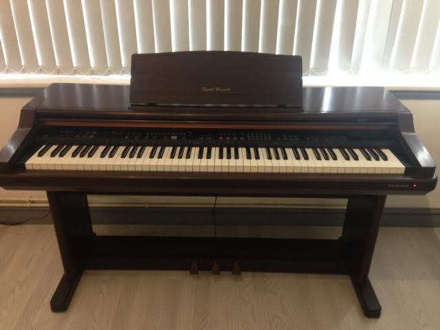 technics digital piano excellent condition sound rrp. Black Bedroom Furniture Sets. Home Design Ideas