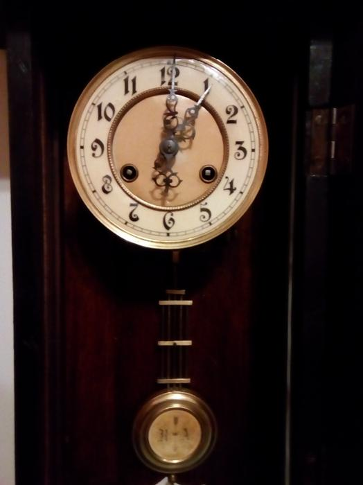 antique grandmother chiming wall clock halesowen dudley