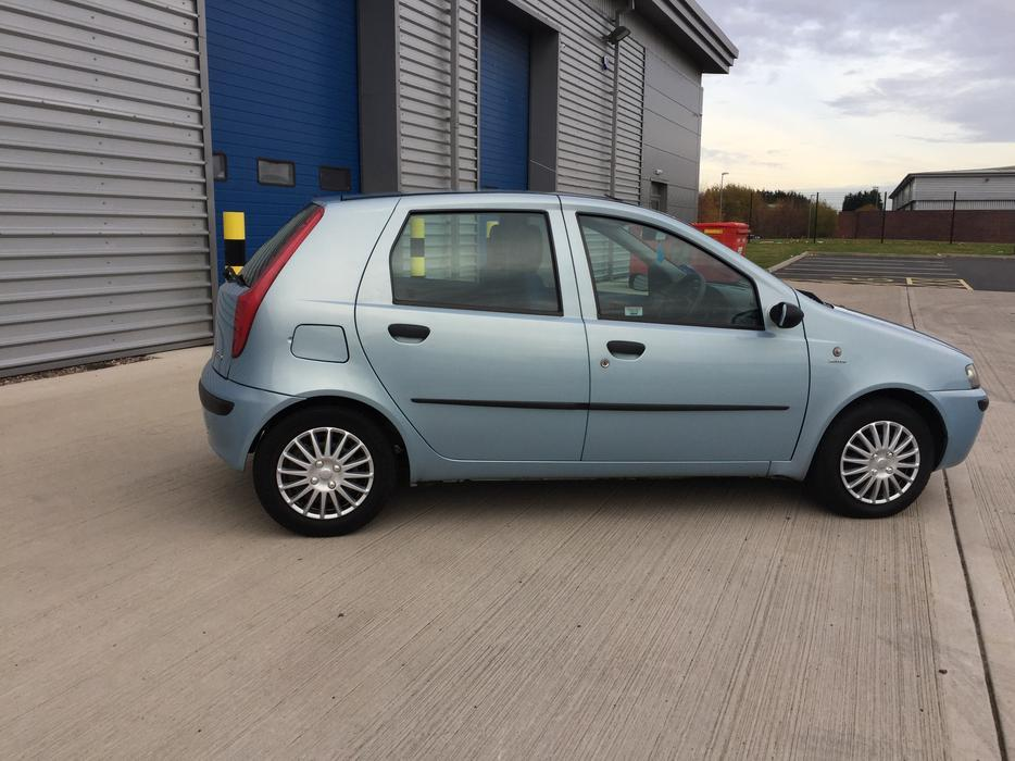 2003 fiat punto 1 2 petrol cat c wednesfield dudley. Black Bedroom Furniture Sets. Home Design Ideas