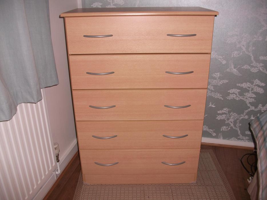 chest of drawers kingswinford dudley mobile. Black Bedroom Furniture Sets. Home Design Ideas