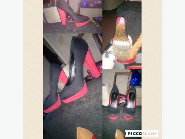 size 7 (40) heels