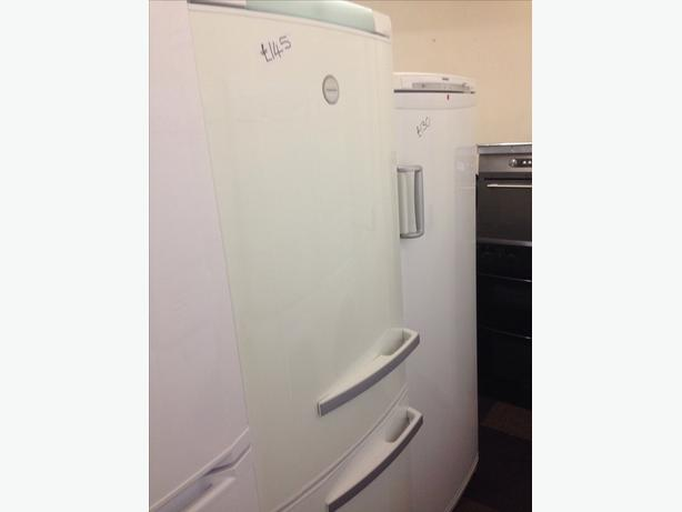 ELECTROLUX FRIDGE FREEZER 3 DRAWERS