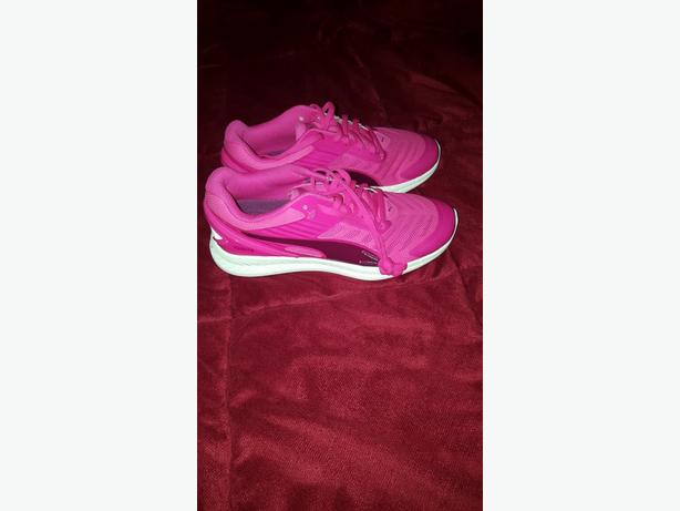 2 PAIRS PUMA SHOES/ TRAINERS - SIZE 4  £25