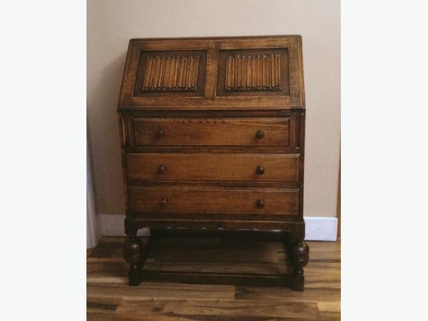Solid Oak Old Charm style bureau