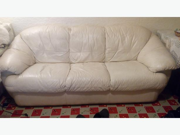 cream genuine leather 3 seater sofa with 2 single reclining armchairs