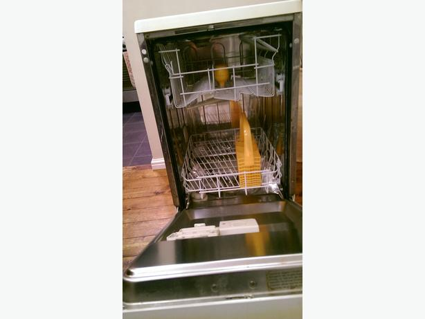 Slim-line Dish Washer