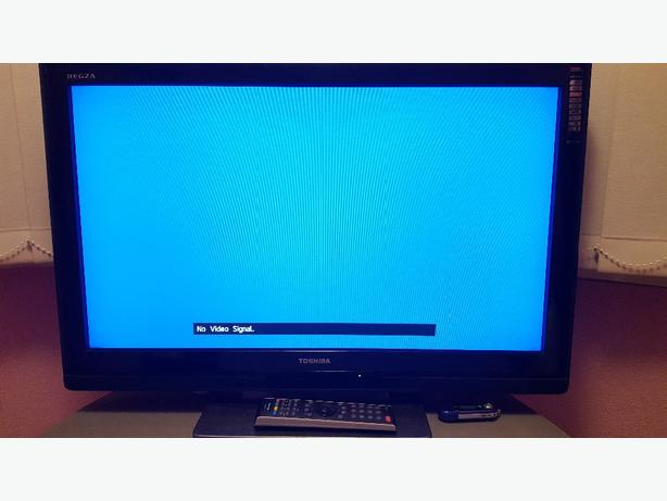 Toshiba regza 32inch HD TV with freeview