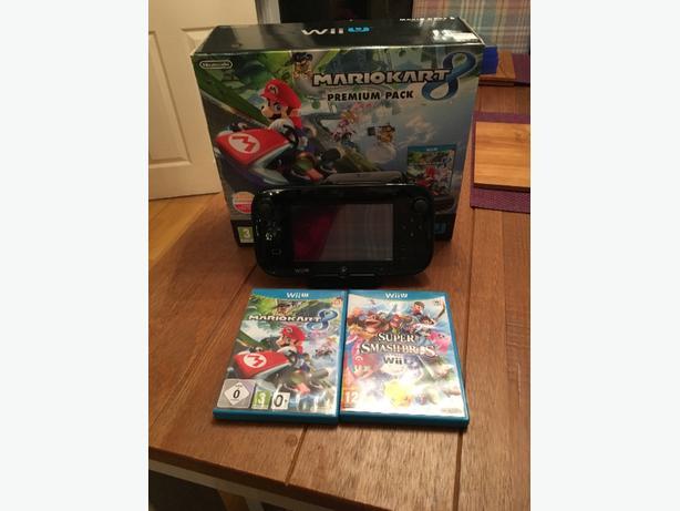 Wii U 32GB Mario Kart 8 ed. Boxed
