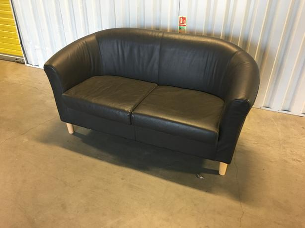 2 seater very dark brown leather sofa in very good condition // free delivery