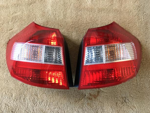 GENUINE PAIR OF BMW 1 SERIES E81/E87 REAR LIGHTS FOR SALE
