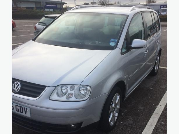 2005 volkswagen touran low milage 7 seater oldbury wolverhampton. Black Bedroom Furniture Sets. Home Design Ideas
