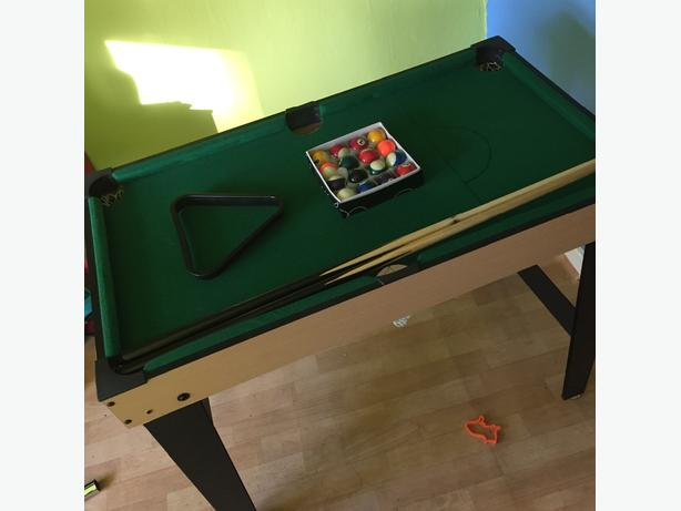 3ft pool table as new
