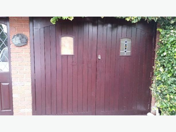 Solid wood Garage doors