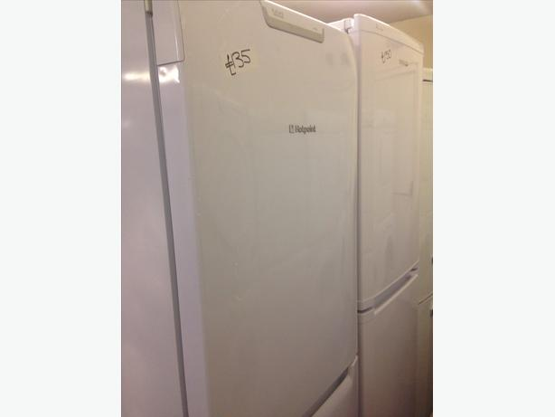 FROST FREE HOTPOINT FRIDGE FREEZER