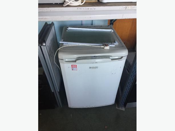 hotpoint low fridge