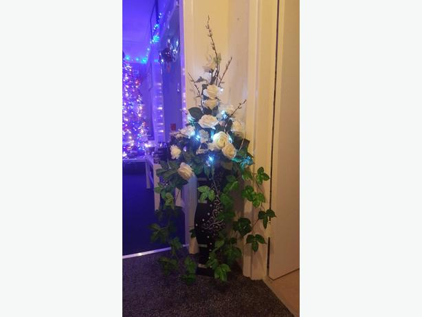 flower arrangment with lights