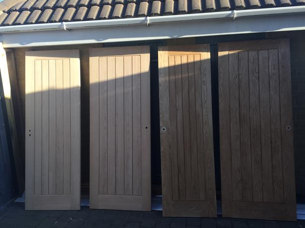 Suffolk oak veneer doors