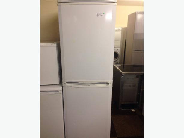 HOTPOINT FROST FREE FRIDGE FREEZER WHITE