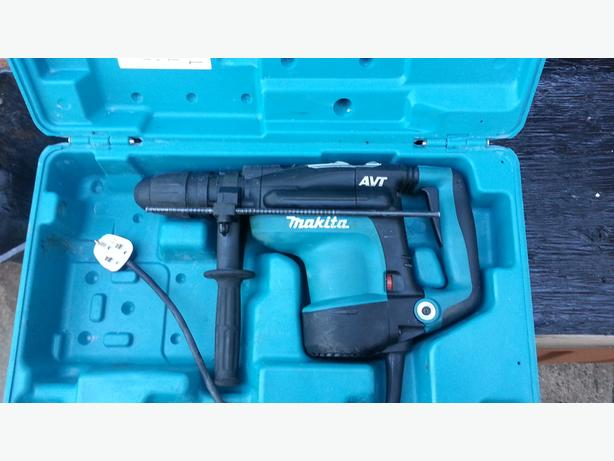 MAKITA HR4011C ROTARY HAMMER DRILL  AVT SDS PLUS 240 V