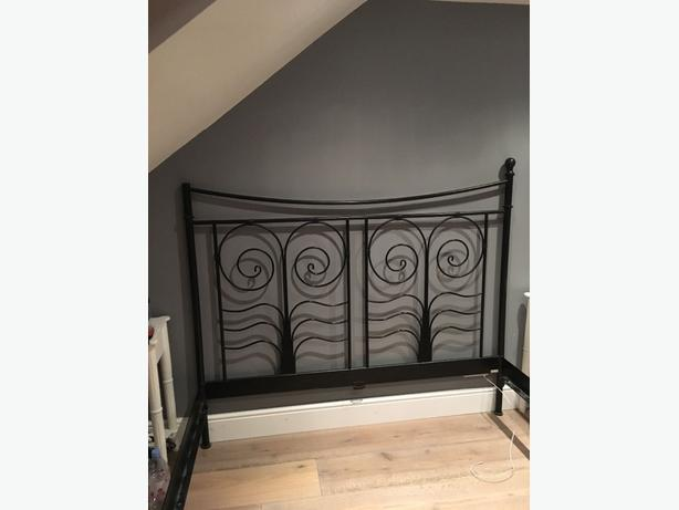black super king size bed