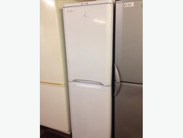 WHITE INDESIT FRIDGE FREEZER3