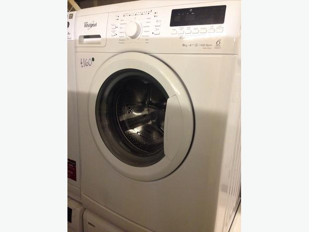9KG WHIRLPOOL WASHING MACHINE WHITE