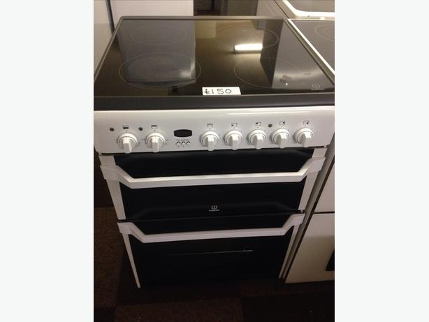 60CM INDESIT ELECTRIC COOKER FAN ASSISTED0