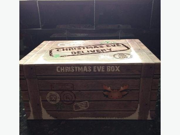 2 Christmas Eve Boxes