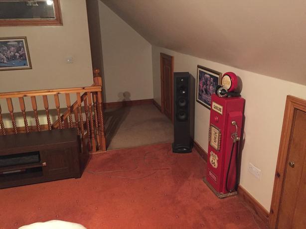 Celestion floor standing speakers model cs8i