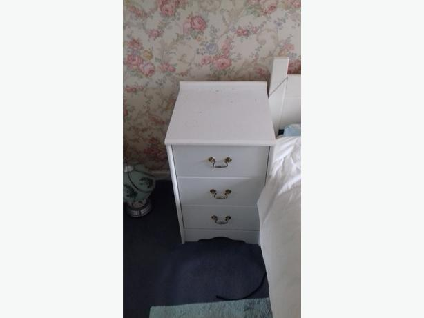 Bedside drawers