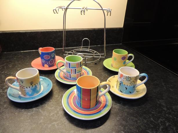 WHITTARD ESPRESSO COFFEE CUPS AND SAUCERS SET OF 6 + STAND