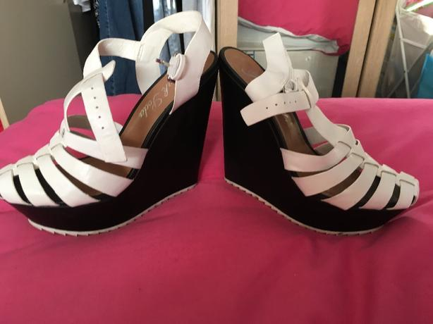 ladies strappy wedges