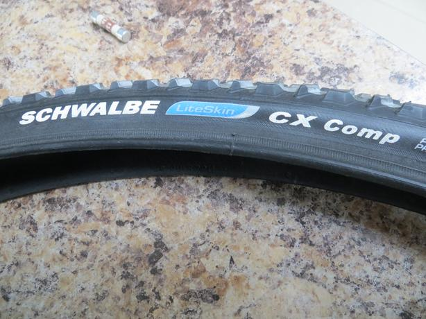 Pair of SCHWALBE LITESKIN CX COMPETION TYRES